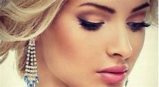 maquillage pour aux yeux bleus quel maquillage pour une aux yeux bleus abrico tel