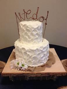 rustic wedding cake buttercream icing burlap cake