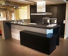 u küche modern zeitlos moderne u k 252 che mit tresen musterkuechen