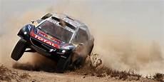 Accident De Voiture De Course Dakar Un Spectateur Tu 233 Dans Un Avec La Voiture D Un Fran 231 Ais
