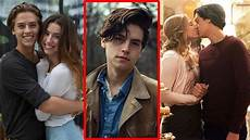 Cole Sprouse Freundin - cole sprouse cole sprouse has dated 2017