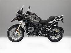 bmw gs 1200 r the new bmw r 1200 gs unveiled at eicma