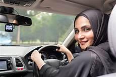 arabie saoudite femme conduire arabie saoudite la voiture d une saoudienne incendi 233 e