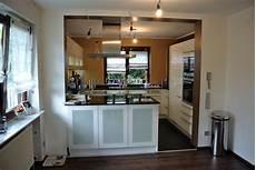 Wohnzimmer Mit Offener Küche - kleines wohnzimmer mit offener k 252 che badezimmer kreativ