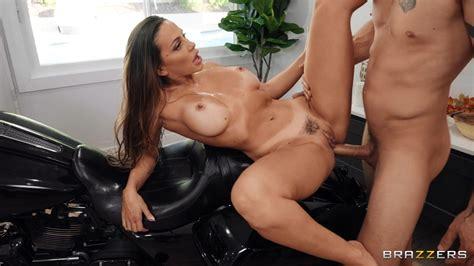 Big Tits Sex Videos