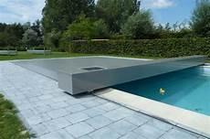 couverture de piscine electrique entrevue avec pour bien choisir sa b 226 che de piscine