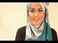 Tutorial Jilbab Pashmina Segi Empat