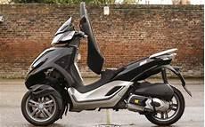 piaggio mp3 125 yourban 2011 on review mcn