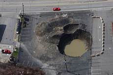 florida lawmakers seek ways to curb sinkhole losses