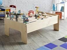 Spieltisch Selber Bauen Stadt Gestalten Spielzeug Spass