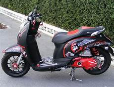 Modif Scoopy Karbu by 20 Gambar Modifikasi Honda Scoopy Cutting Sticker Animasi