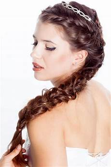 new fashion styles latest girls long hairstyle 2013