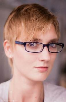 Frauen Kurze Haarschnitte 2017 Trends Zaypa