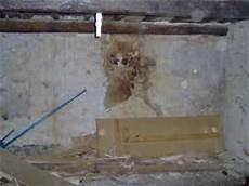 décaper peinture mur r 233 paration et pr 233 paration d un mur ab 238 m 233 avant plafonnage