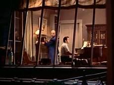 la finestra sul cortile hitchcock la recensione di la finestra sul cortile di alfred hitchcock
