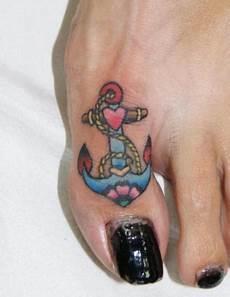New School Finger Anker Dragstrip Tattoos