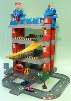 Kinder Garage by Xl Kinder Spielzeug Garage Parkhaus 4 Etagen Mit Aufzug In