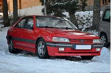 a look at the peugeot 405 mi16 ran when parked