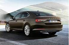 New 2019 Skoda Superb Facelift Launched Pictures Auto