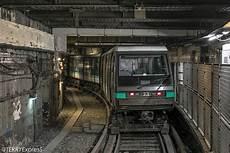 subway porte d orléans mp89 en repos voie de garages porte d orl 233 ans une