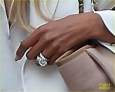 ciara flashes wedding ring while shopping with russell wilson photo 3701008 ciara russell