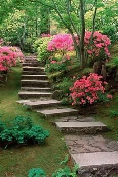 55 Inspiring Pathway Ideas For A Beautiful Home Garden