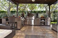 Kitchen Grill Miami by Outdoor Kitchen And Pergola Project In South Florida