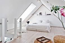 schlafzimmer einrichten mit schräge ideen schlafzimmer mit schr 228 ge