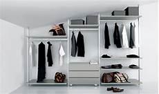 scaffali per cabine armadio cabina armadio per soffitto inclinato pe06 cabine