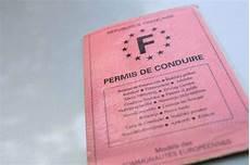 la poste des employ 233 s vont devenir inspecteurs du permis