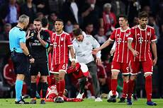 real munchen injuries galore as bayern munich fall 2 1 to real madrid