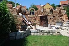 Gartenmauer Als Ruine Diy Aus Klinkerstein Vollziegel