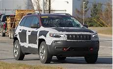 2019 jeep trailhawk accessories 2019 jeep trailhawk spied with updated fascia