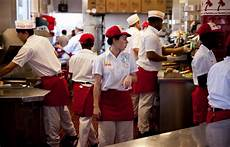 Kitchen Manager Wages by In N Out Managers Are Earning A Lot More Than You Think