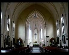 Dina Y Wulandari Gereja Hati Kudus Yesus Yang Kaya Akan