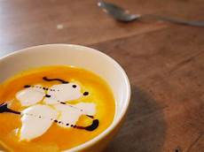 hokkaido kürbis suppe hokkaido suppe esszettel