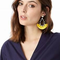 boucles d oreilles pompons jaune tendance bijoux d 233 t 233