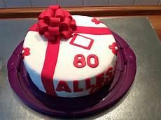 torte zum geburtstag kathis tortenwerke biskuit beerentorte zum 80 geburtstag