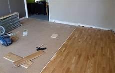 come posare un pavimento laminato posa pavimento laminato su piastrelle di porcellana