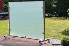 glas windschutz terrasse glaswand auf rollen satiniertes glas mobiliar in 2019