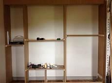 fixation invisible pour étagère murale cuisine diy un mur de placards la clamartoise fabriquer