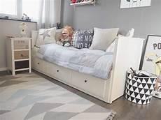Hemnes Tagesbett Kinderzimmer - kinder r 228 ume d 252 sseldorf zu besuch auf luca s roomtour