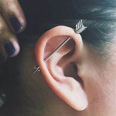 piercing industriel bijoux 20 beautiful industrial piercing for