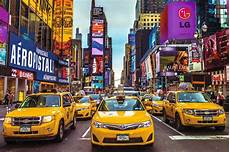 New York Taxi 1500 Jigsaw Puzzle By Jumbo