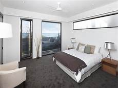 Carpet In Bedroom Ideas by Modern Bedroom Design Idea With Carpet Floor To Ceiling