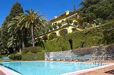 in vendita liguria mare villa di lusso con piscina in vendita a rapallo