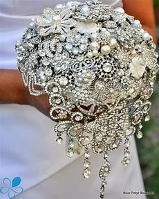brooch bouquets easy diy ideas you will love video tutorial