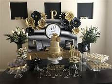 40 Dazzling Ornament Decoration Ideas gold cake 40 and fabulous gold birthday 40th