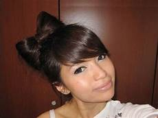 Hair Bow Style 3 and easy summer hairstyles class fashionista