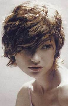 20 short wavy hair for